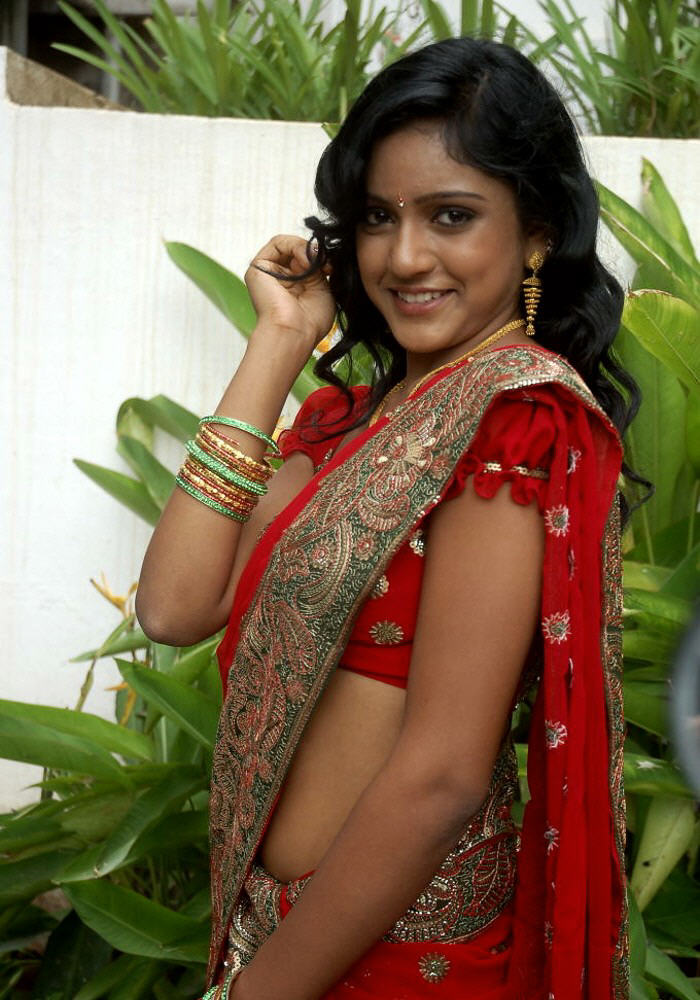 Kreethi reddy in red saree